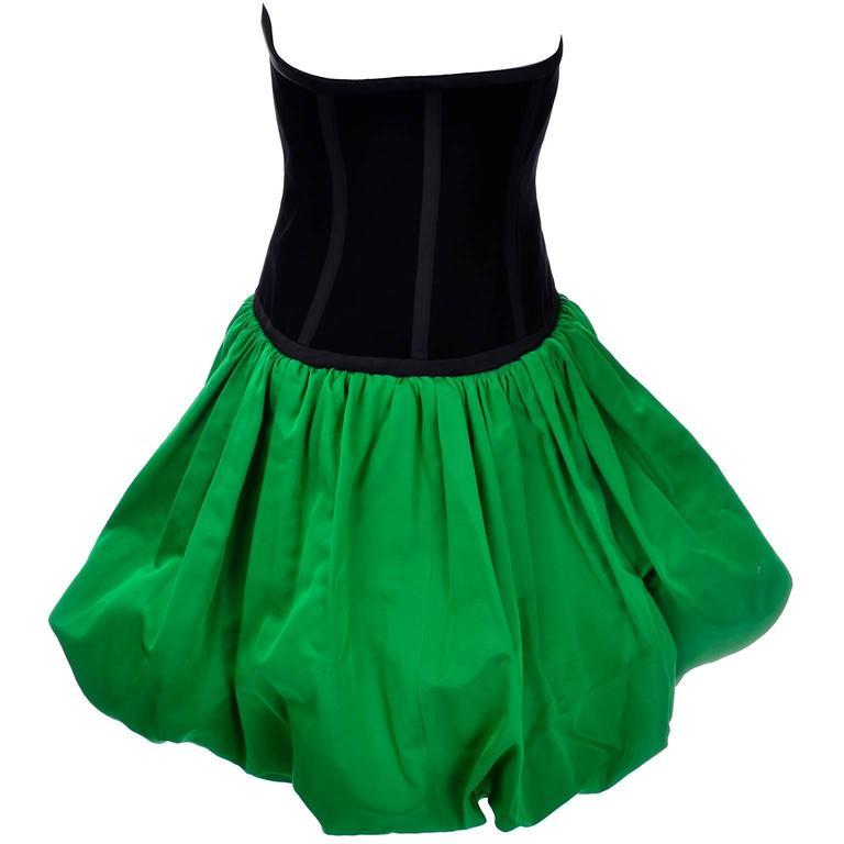Yves Saint Laurent 1988 YSL Evening Dress in Black Velvet & Green Taffeta For Sale 2