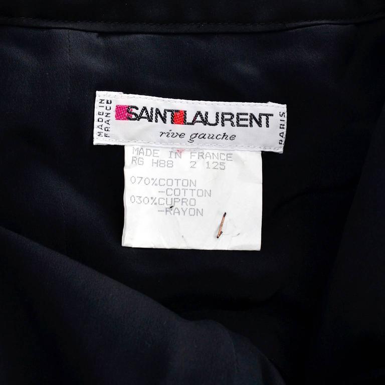 Yves Saint Laurent 1988 YSL Evening Dress in Black Velvet & Green Taffeta For Sale 4