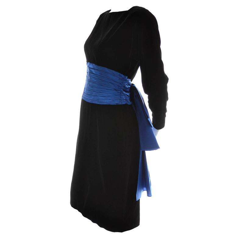 Women's 1980s AJ Bari Vintage Black Silk Velvet Dress w/ Open Back and Blue Sash & Bow For Sale