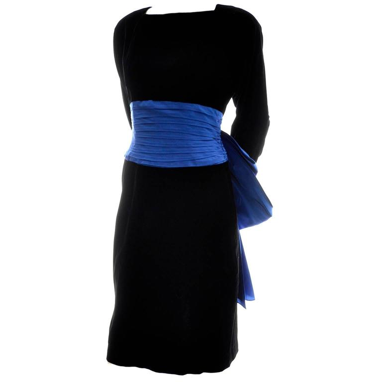 1980s AJ Bari Vintage Black Silk Velvet Dress w/ Open Back and Blue Sash & Bow In Excellent Condition For Sale In Portland, OR
