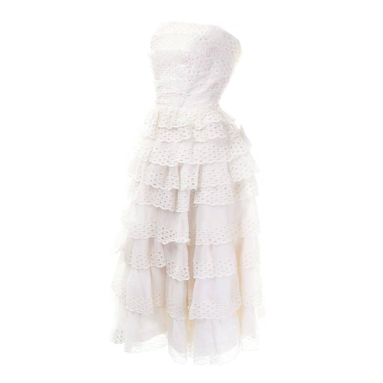 Suzy Perette White Eyelet Ruffled Strapless Vintage Dress 2/4