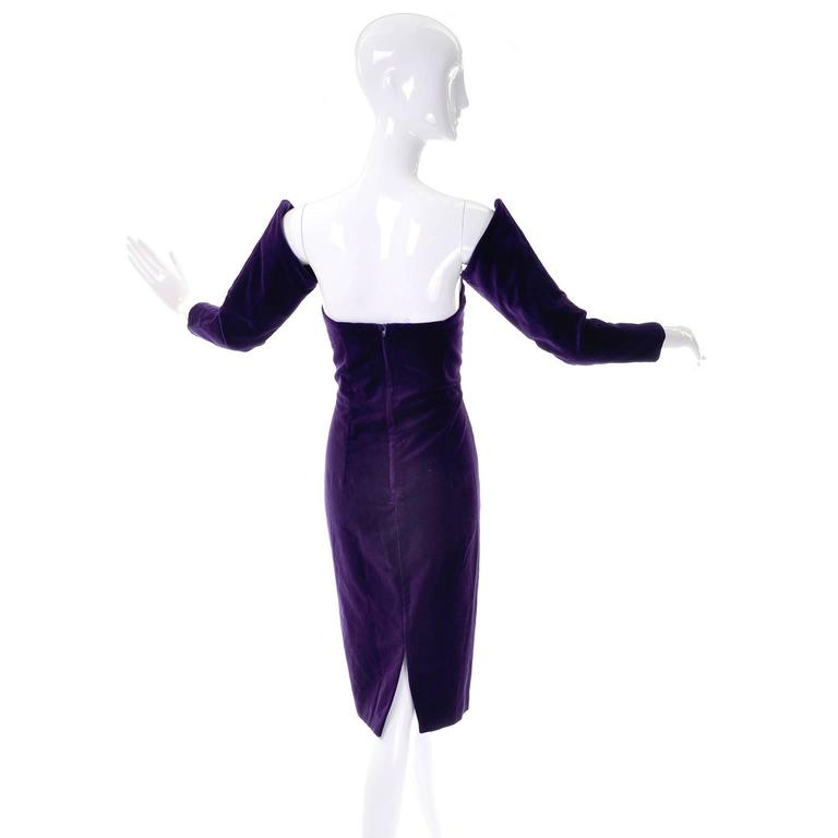 1980s Travilla Purple Velvet Strapless Dress With Detached Sleeves In Good Condition For Sale In Portland, OR