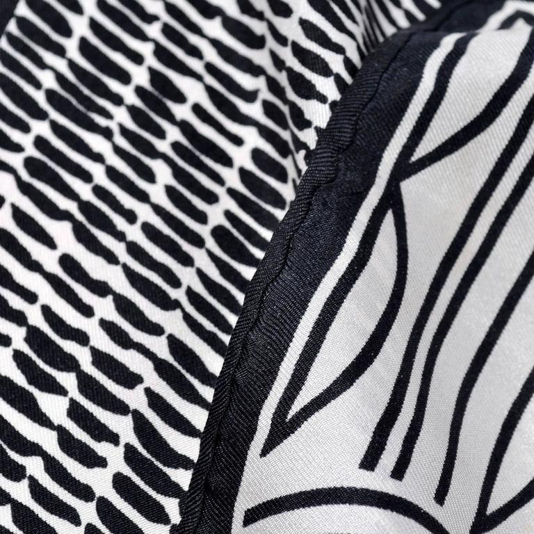 Women's Bill Blass Vintage Silk Scarf Statement Logo Black White Abstract Geometric For Sale