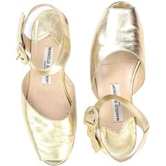 Manolo Blahnik London Shoes Gold Peep Toe Flats Sandals Size 38