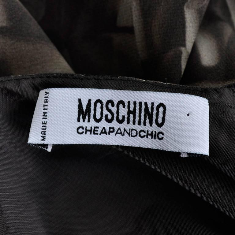 Moschino Ruffle Print Vintage Silk Dress With Bubble Hem and Suede Belt For Sale 2