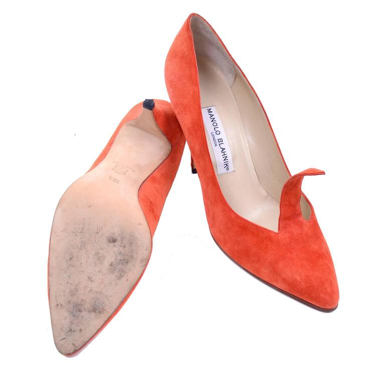 Rare Vintage Orange Suede Manolo Blahnik Fall Shoes w/ Flame Size 38.5 For Sale 2