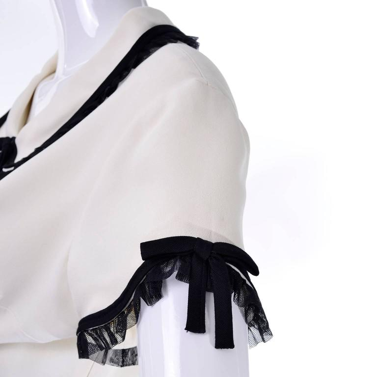 1990s Vintage Moschino Ivory Crepe Dress With Black Tulle Net Ruffles 4
