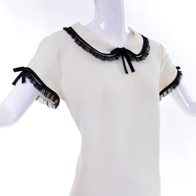 1990s Vintage Moschino Ivory Crepe Dress With Black Tulle Net Ruffles 5