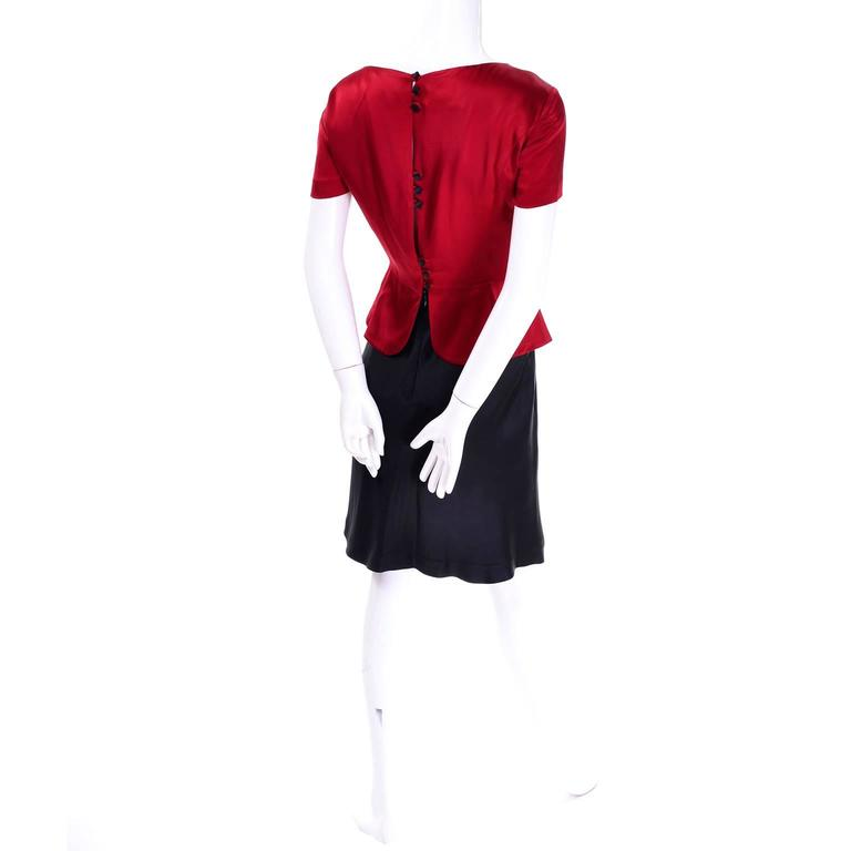 Vintage Moschino Red and Black Color Block Dress With Mini Peplum and Flower For Sale 4