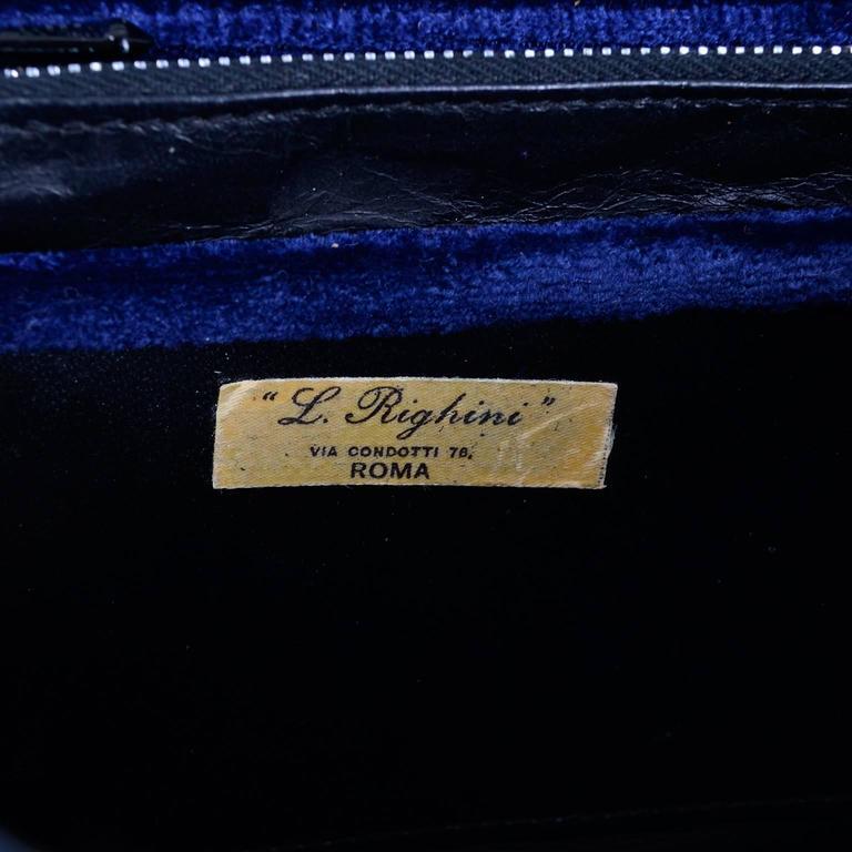 Rare 1960s L Righini Via Condotti Roma Blue & Burgundy Vintage Velveteen Handbag For Sale 2