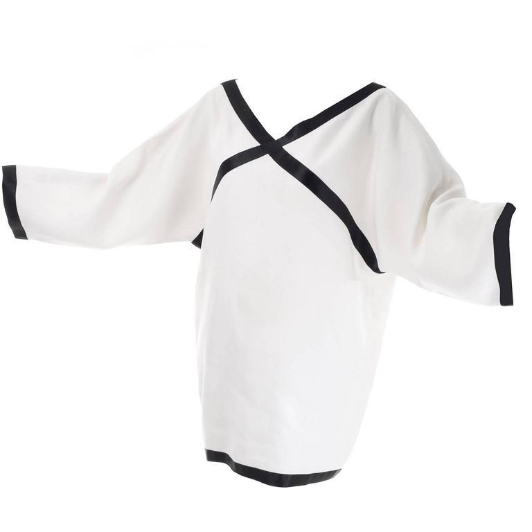 Isaac Mizrahi S/S 1990 Vintage White Linen Tunic Dress w/ Black Satin Trim