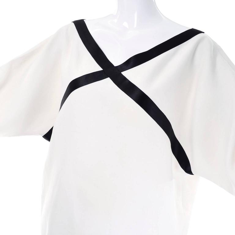 Isaac Mizrahi S/S 1990 Vintage White Linen Tunic Dress w/ Black Satin Trim 4