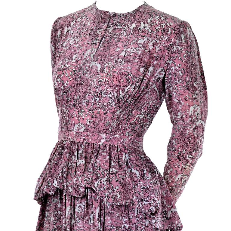 1940s Vintage Silk Dress in Rose Mauve Toile Novelty Print with Peplum In Excellent Condition For Sale In Portland, OR