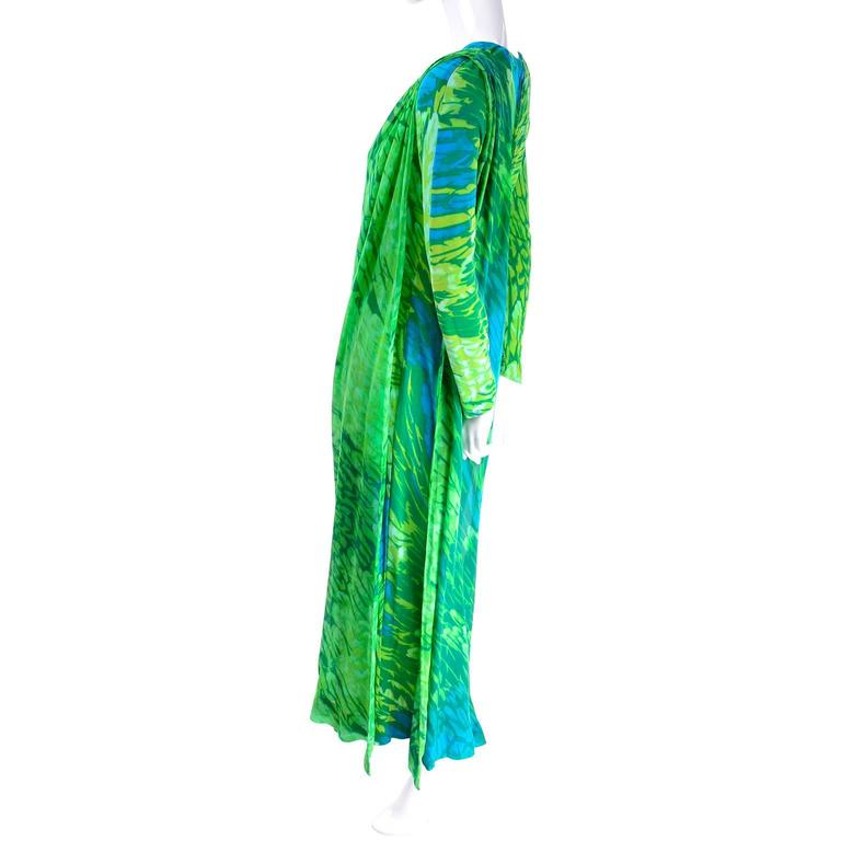 1970s Vintage Silk Jersey Blue & Green Print Jumpsuit w/ Matching Sarong In Good Condition For Sale In Portland, OR