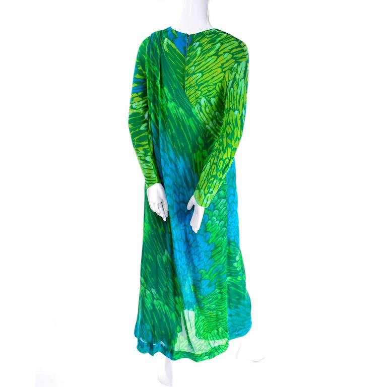 1970s Vintage Silk Jersey Blue & Green Print Jumpsuit w/ Matching Sarong For Sale 2