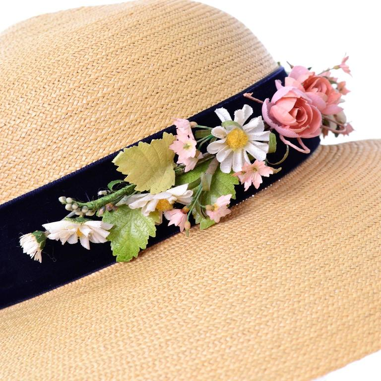 Beige Vintage Straw Hat 1950s from I Magnin & Co Importers w/ Velvet Ribbon & Flowers For Sale