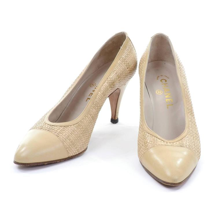 Chanel Vintage Pumps Woven Shoes With Tan Leather Trim in Size 8.5 3