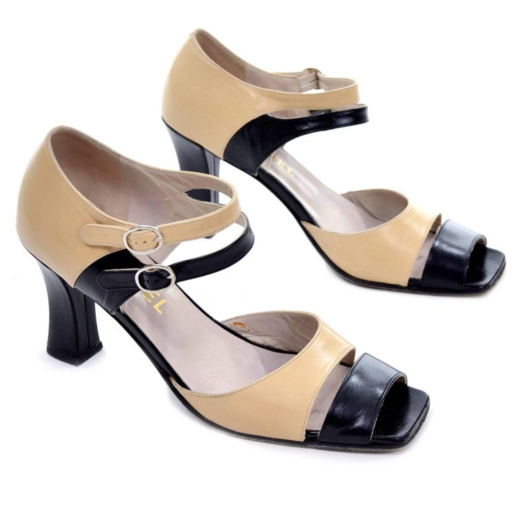 Chanel Vintage Peep Toe Double Strap Two Tone Beige and Black Shoes 37.5 For Sale 4