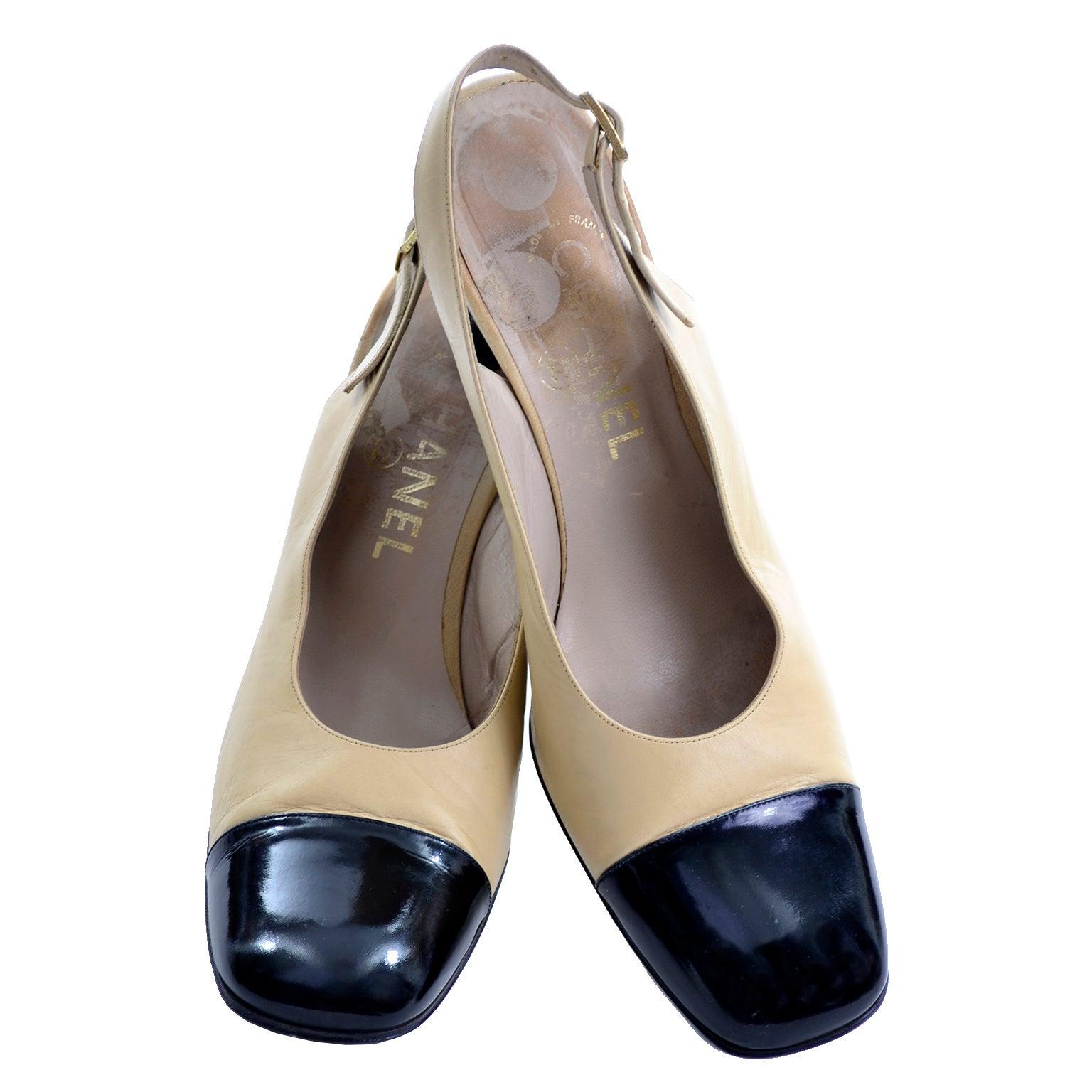 ed89b2cf7 Chanel Vintage Cream and Black Slingback Block Heel Shoes 39.5 at 1stdibs