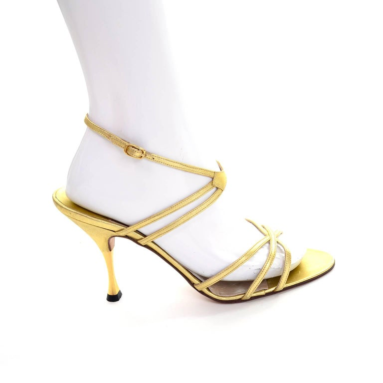 1980s Manolo Blahnik London Shoes Rare Vintage gold Metallic Strappy Heels 39 In New Condition For Sale In Portland, OR