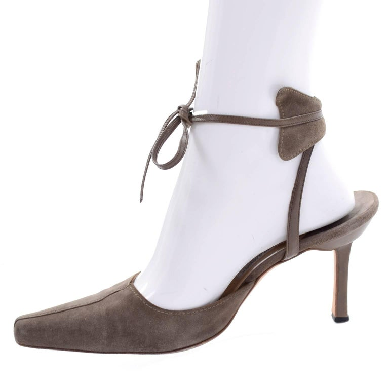 Gray Manolo Blahnik Vintage Suede Shoes With Leather Ankle Straps Size 37.5 For Sale