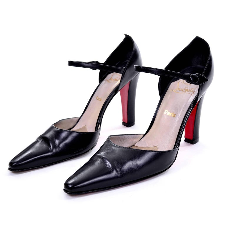 Vintage Christian Louboutin Mulano Black Calf Leather Pumps w/ Red Soles Size 7 In Excellent Condition For Sale In Portland, OR
