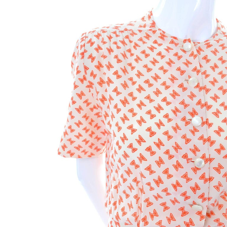 Vintage Couture Dress with Orange & White Silk Bow Print and Ruffled Hem Size 2 In Excellent Condition For Sale In Portland, OR