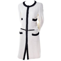 Chanel 2000 Documented White Tweed Coat Black Trim Kyoto Costume Institute 8/10