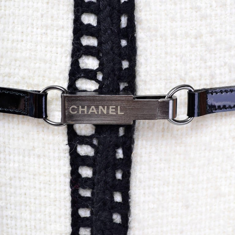 Chanel 2000 Documented White Tweed Coat Black Trim Kyoto Costume Institute 8/10 6
