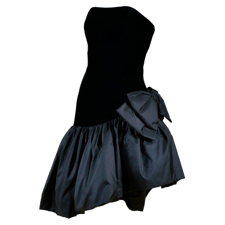 1980s Victor Costa Vintage Strapless Velvet & Taffeta Black Dress