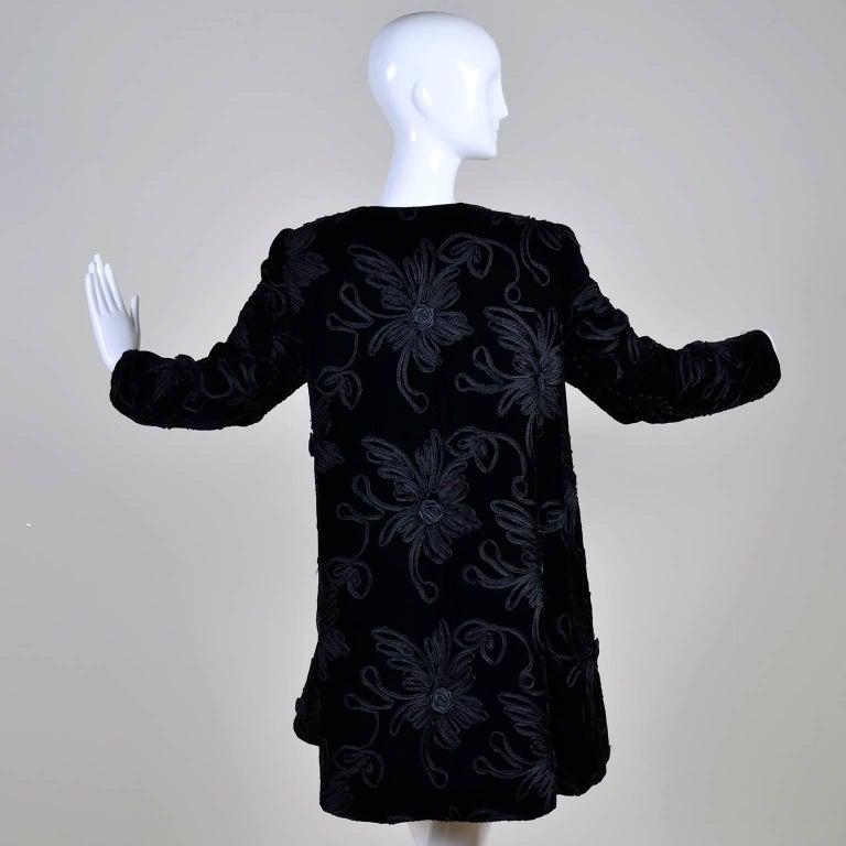 1980s Black Velvet Estevez Couture Evening Coat With Soutache Trim In Excellent Condition For Sale In Portland, OR