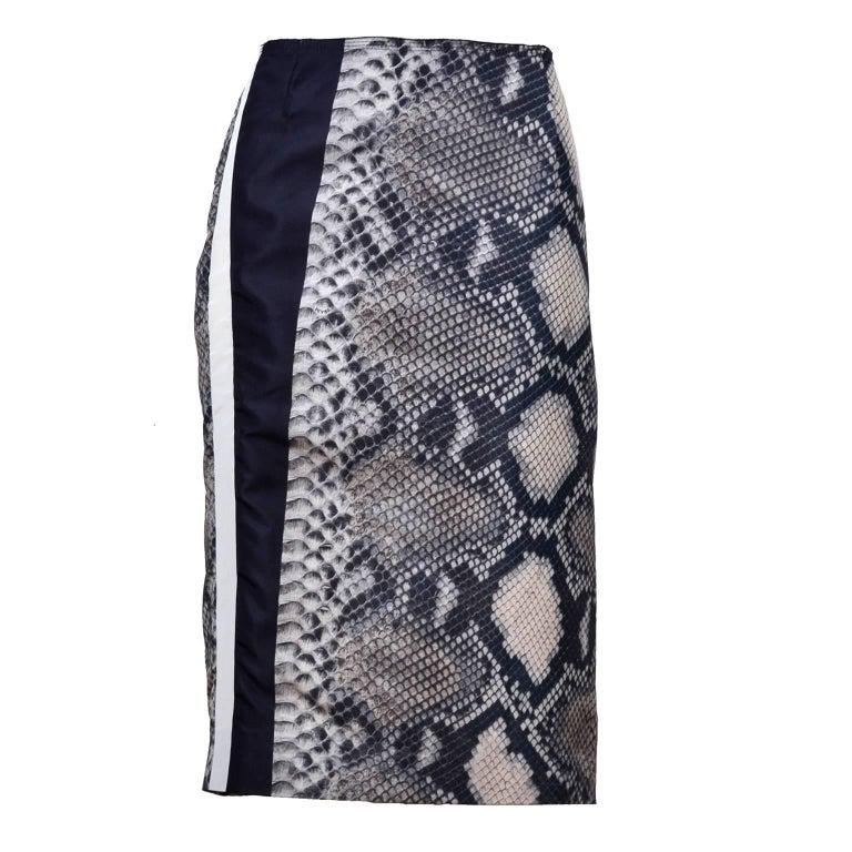 Prada Black and Ivory Snakeskin Print Silk Skirt Size 42 S/S 2009