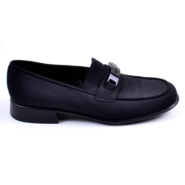 Prada Vintage 1990s Shoes Black Fabric Loafers Size 38 In Excellent Condition For Sale In Portland, OR