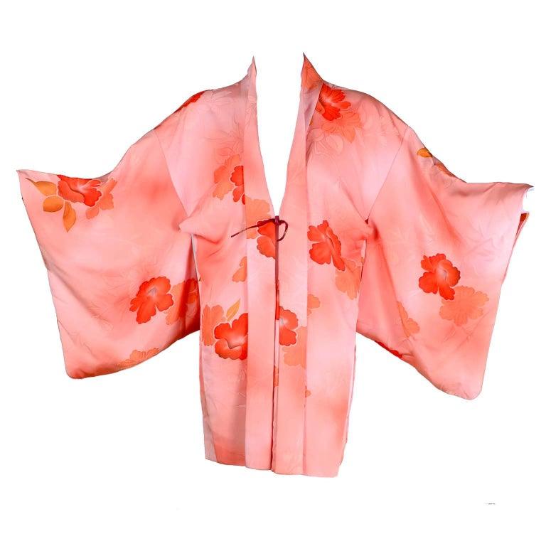 1930s Haori Vintage Kimono in Peach Silk With Orange Hibiscus Flowers