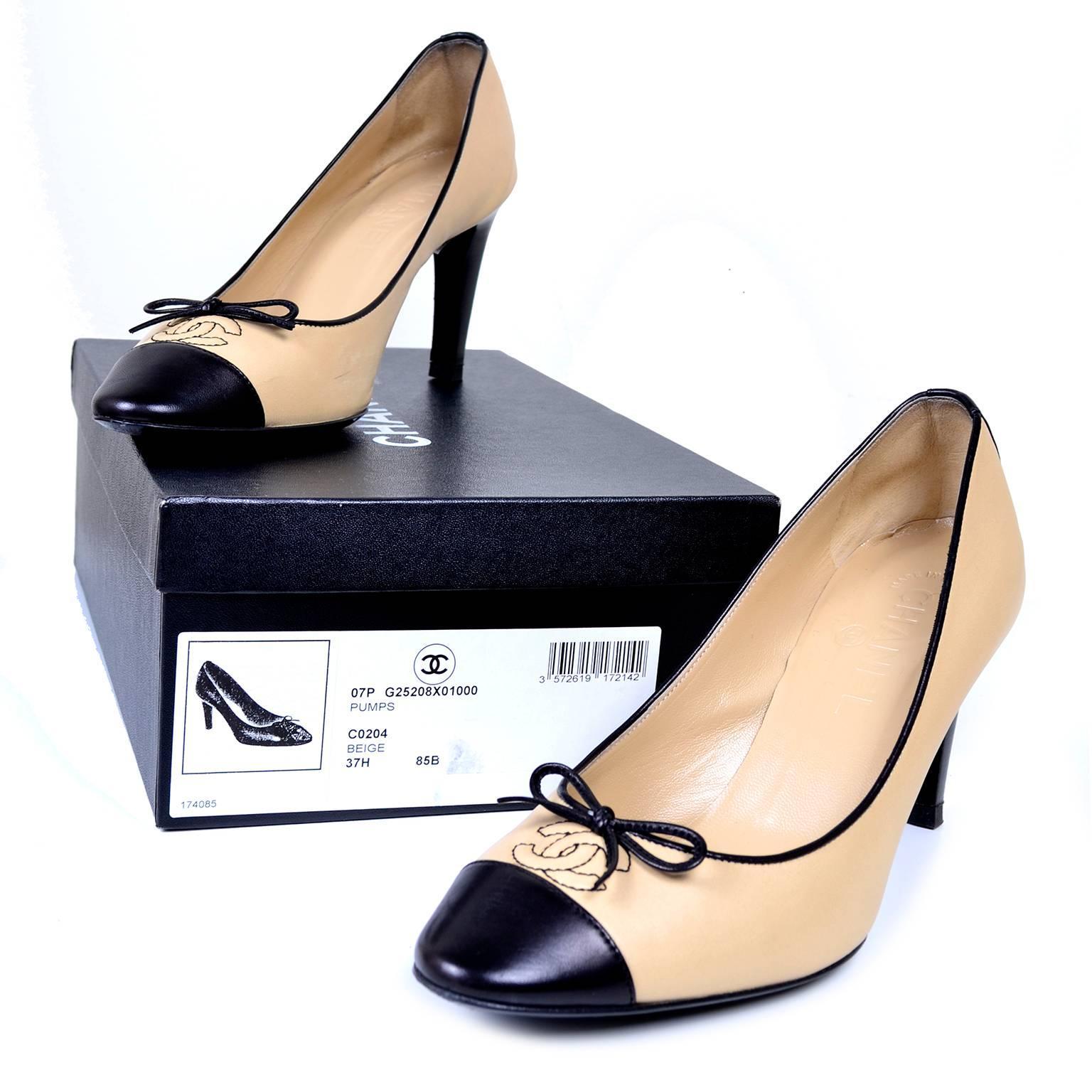 Beige And Black Heels KXSMM41A