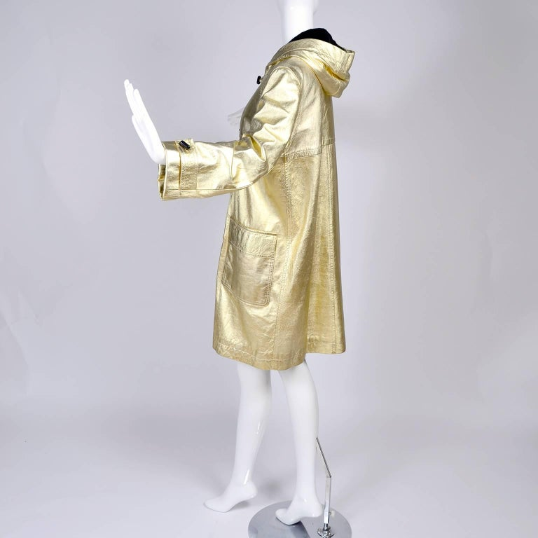 YSL Yves Saint Laurent Vintage Gold Leather Duffel Coat W/ Velvet Lined Hood  In Excellent Condition In Portland, OR