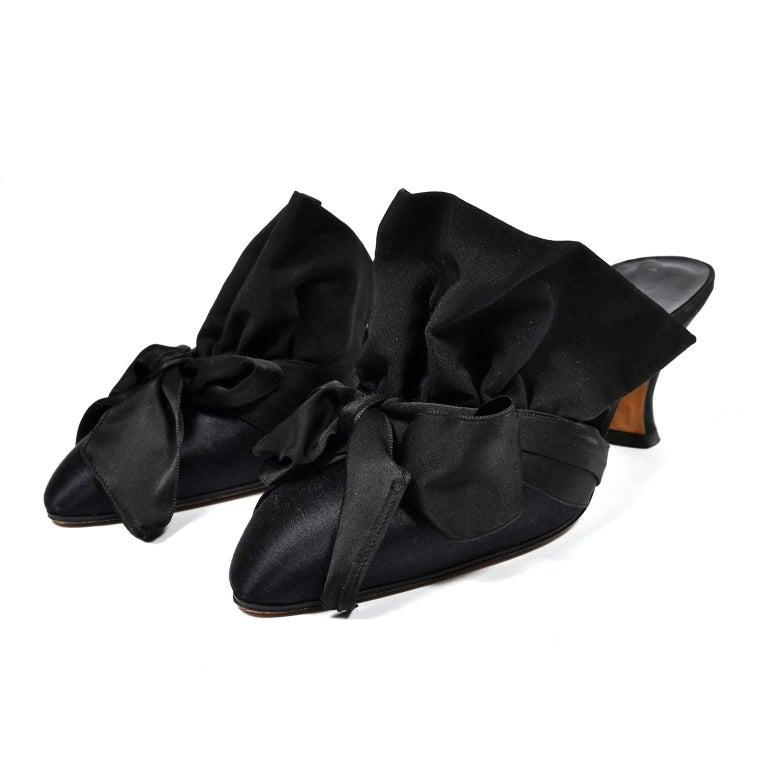 Manolo Blahnik Rare Vintage Black Ruffled Satin Bow Shoes Mules Size 39.5 3