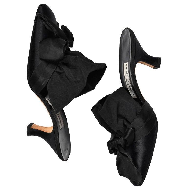Manolo Blahnik Rare Vintage Black Ruffled Satin Bow Shoes Mules Size 39.5 6