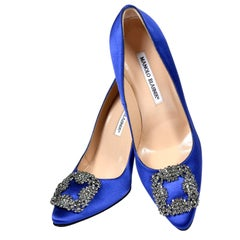 New Manolo Blahnik Carrie Bradshaw Blue Satin Shoes Lanza Heels in box 37.5