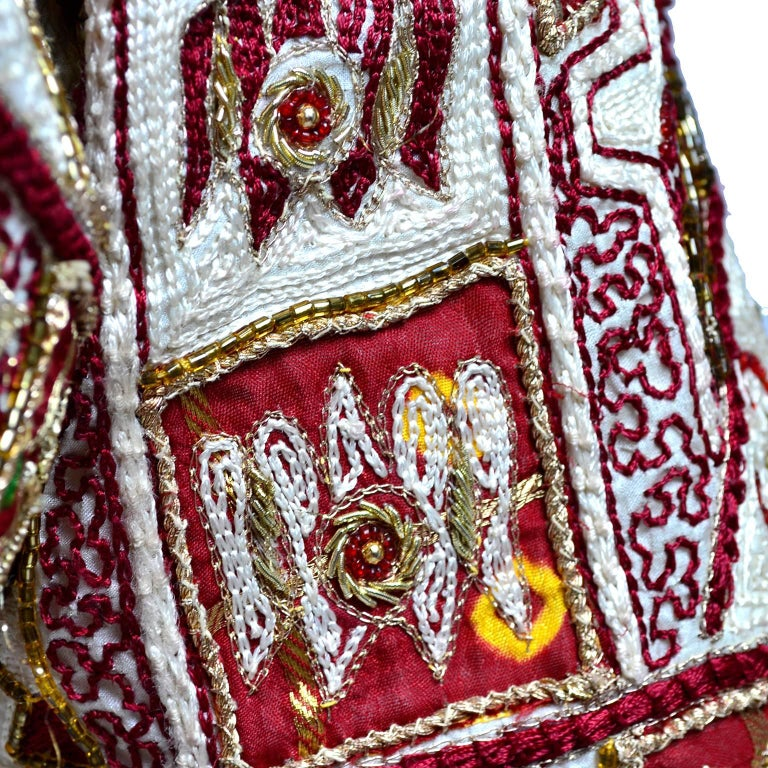Vintage Choli Or Saree Blouse In Maroon And Ivory Silk Gold Metallic