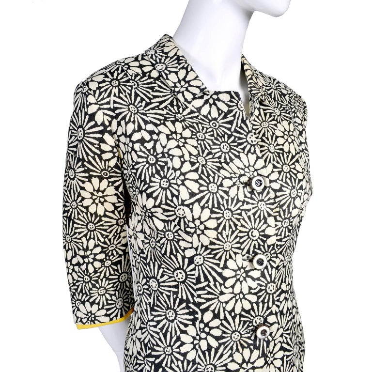 Women's Bullocks Wilshire 1960s Skirt Suit in Floral Linen Print W Marigold Yellow Trim For Sale