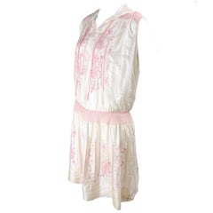 1920s Vintage Dress in Ivory Silk With Pink Embroidery and Topstitching