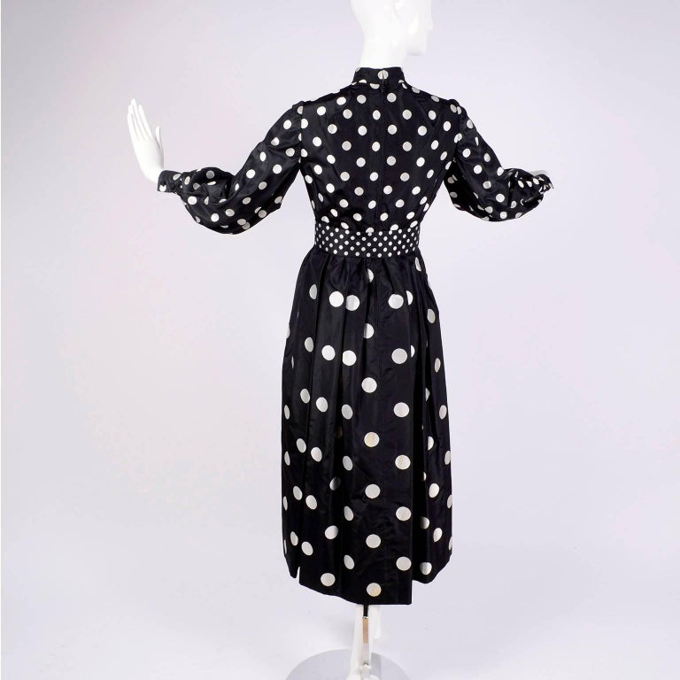 1960s Norman Norell Vintage Dress in Black Taffeta W/ Polka Dots w/ Provenance For Sale 3