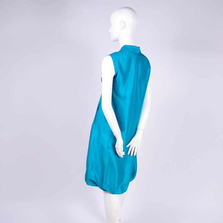 Oscar de la Renta Blue Turquoise Sleeveless Silk Dress W Bubble Hem Resort 2009 For Sale 5