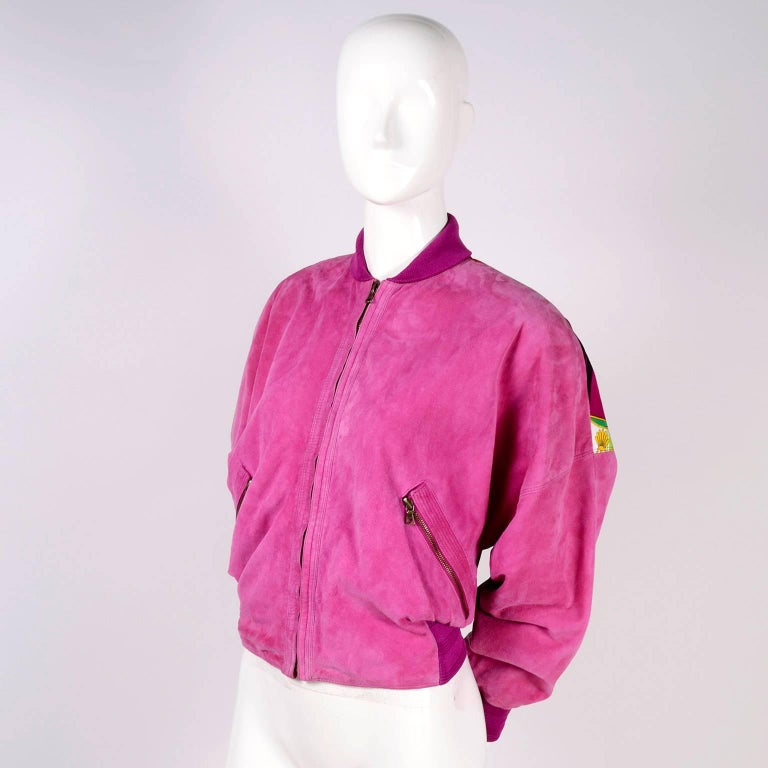 Gianni Versace Pink Suede and Reversible Silk Novelty Print Jacket, 1980s  For Sale 2