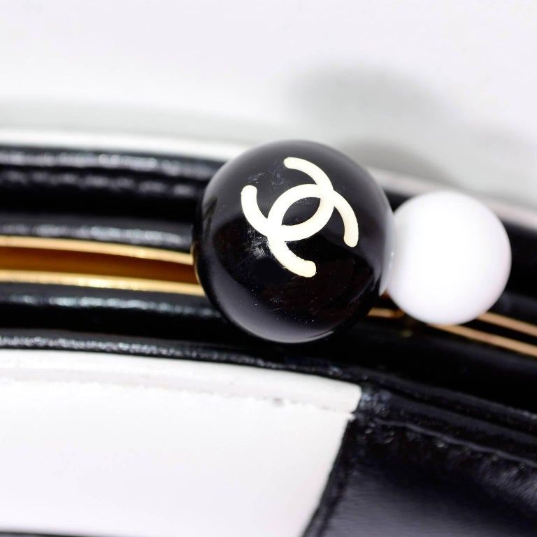 Rare Chanel Round Black & White Lambskin Handbag Circle Shoulder Bag or Clutch  For Sale 5
