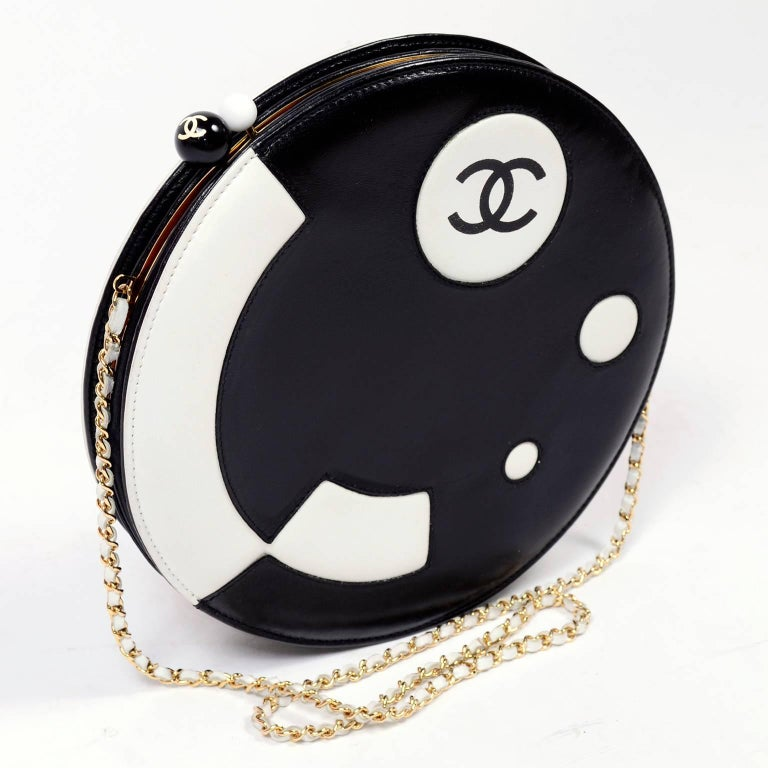 Rare Chanel Round Black & White Lambskin Handbag Circle Shoulder Bag or Clutch  In Excellent Condition For Sale In Portland, OR