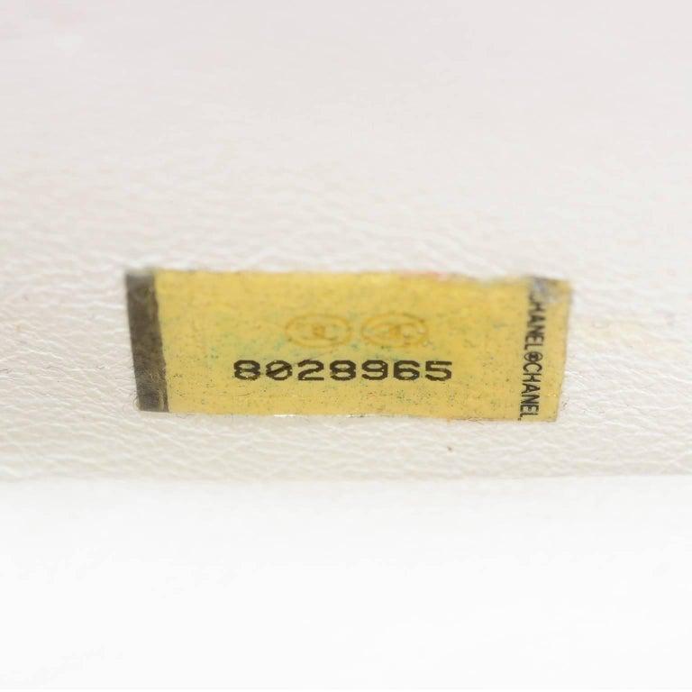 Rare Chanel Round Black & White Lambskin Handbag Circle Shoulder Bag or Clutch  For Sale 4