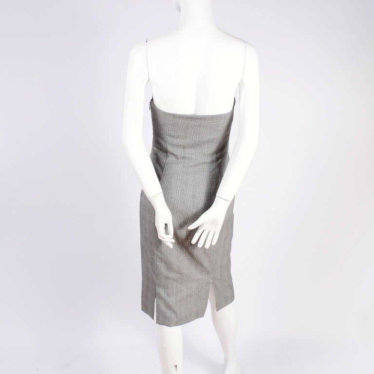 Versace Strapless Runway Dress in Houndstooth Plaid, Spring 1998 For Sale 4