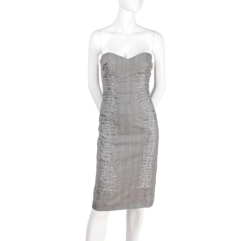 Versace Strapless Runway Dress in Houndstooth Plaid, Spring 1998 For Sale 7